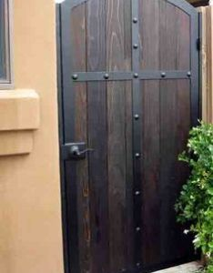 Puerta de hierro  madera also image result for wood and wrought iron gate designs portail rh pinterest