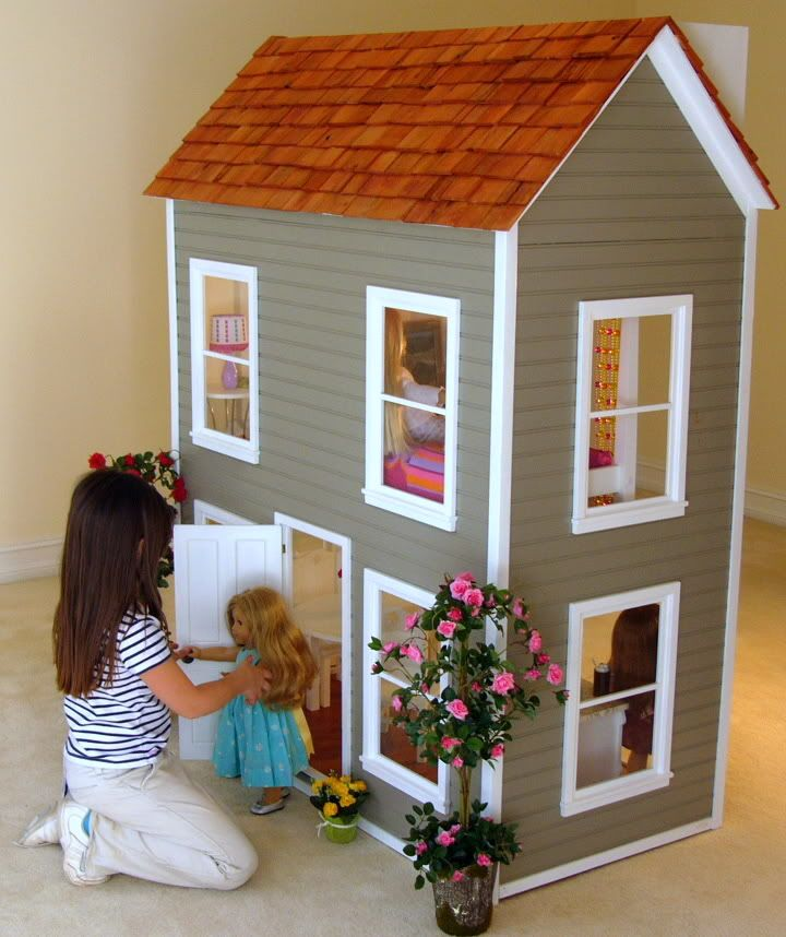 A Doll House For Her American Girl Dolls This One Is Pretty Neat