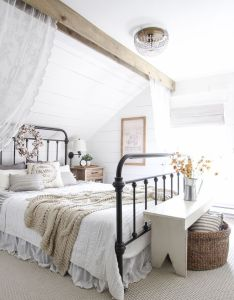 beautiful farmhouse bedroom decorated with simple touches of fall also into home tour decorating bedrooms and master rh pinterest