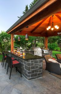 Outdoor Kitchen and Bar http://www.paradiserestored.com ...