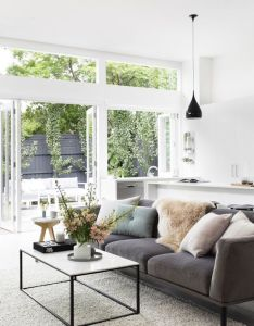 Stylist julia treuel of show pony interiors has applied cool tones and  classic aesthetic to create little slice hamptons magic in metro melbourne also bringing beauty everyday life home pinterest living rooms rh