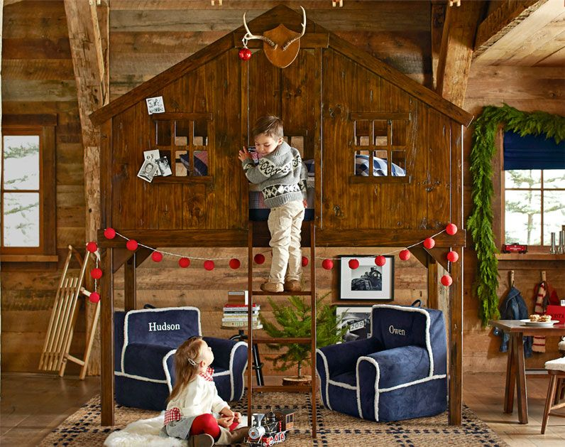 Tree House Bed With Christmas Decorations Girls Bedroom Ideas