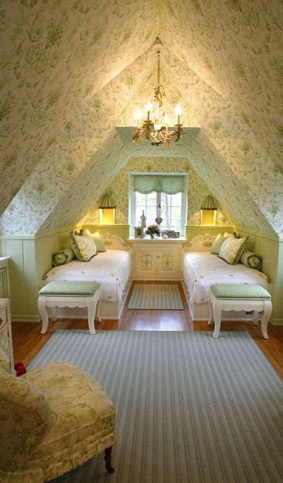 Wallpaper + Decor = Too Traditional; But Structure Feels