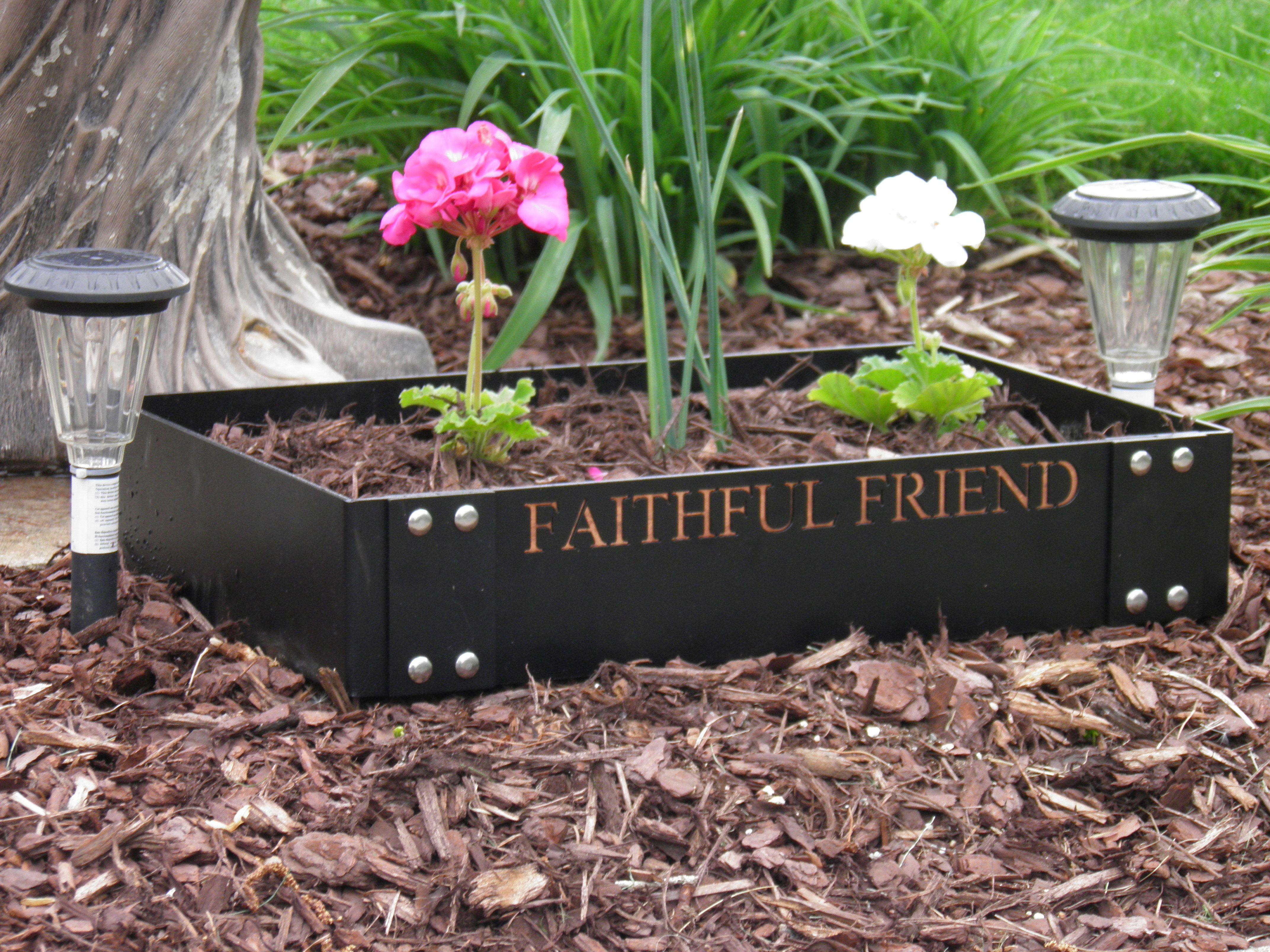Delicieux Pet Memorial Garden Ideas