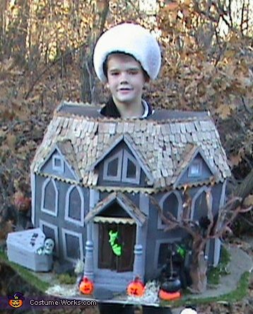 DIY Haunted House Costume Haunted Houses Halloween Costume