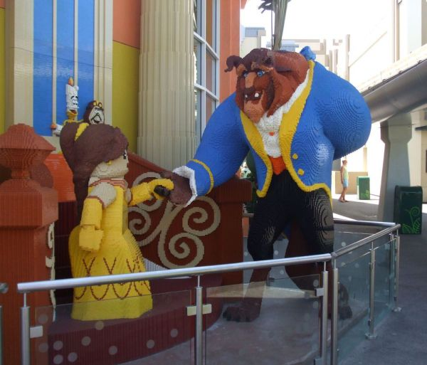 Lego Beauty And Beast Awesome Sculptures
