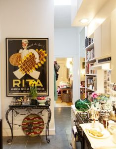 Dreams in hd interiors rita konig   manhattan flat also kitchens rh za pinterest