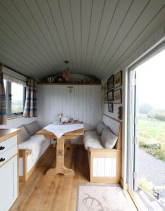 How to bring your holiday back home into interior design also shepherds hut plans for holidays ideas you should try rh za pinterest