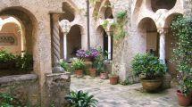 Italian Villa Courtyard File Cimbrone