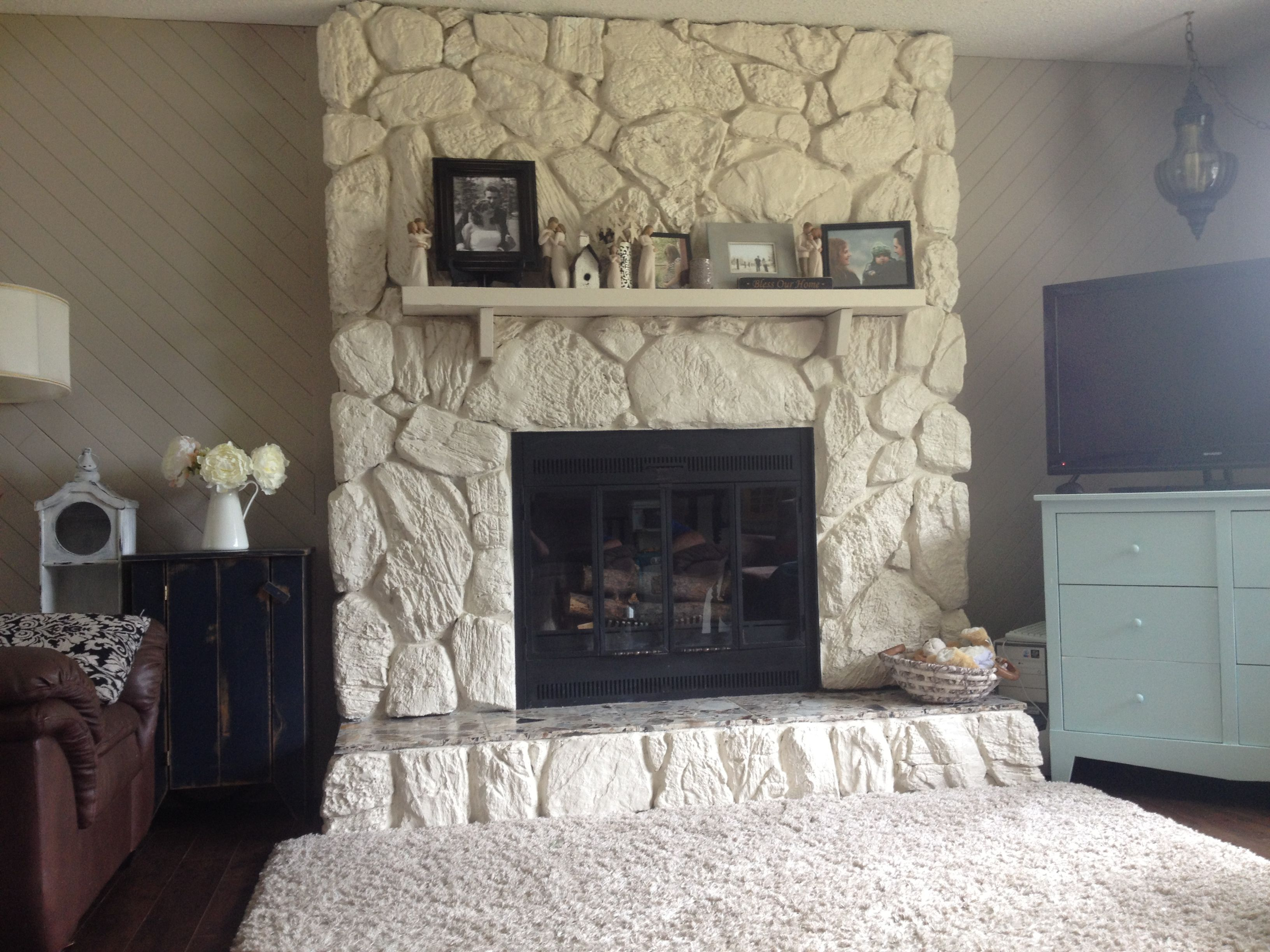 The 25 Best Painted Rock Fireplaces Ideas