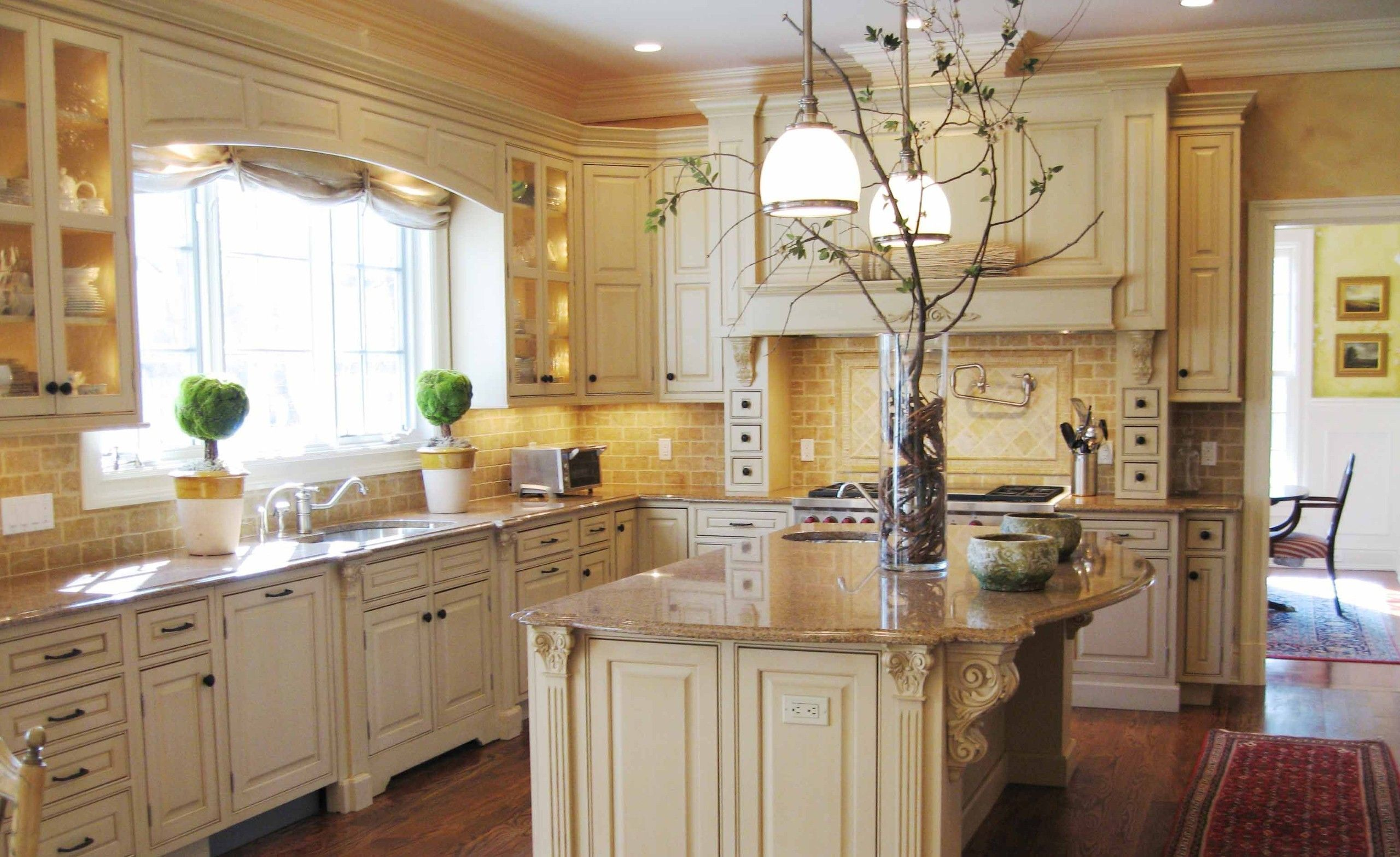 Terrific French Country Kitchen Decor With Broken White