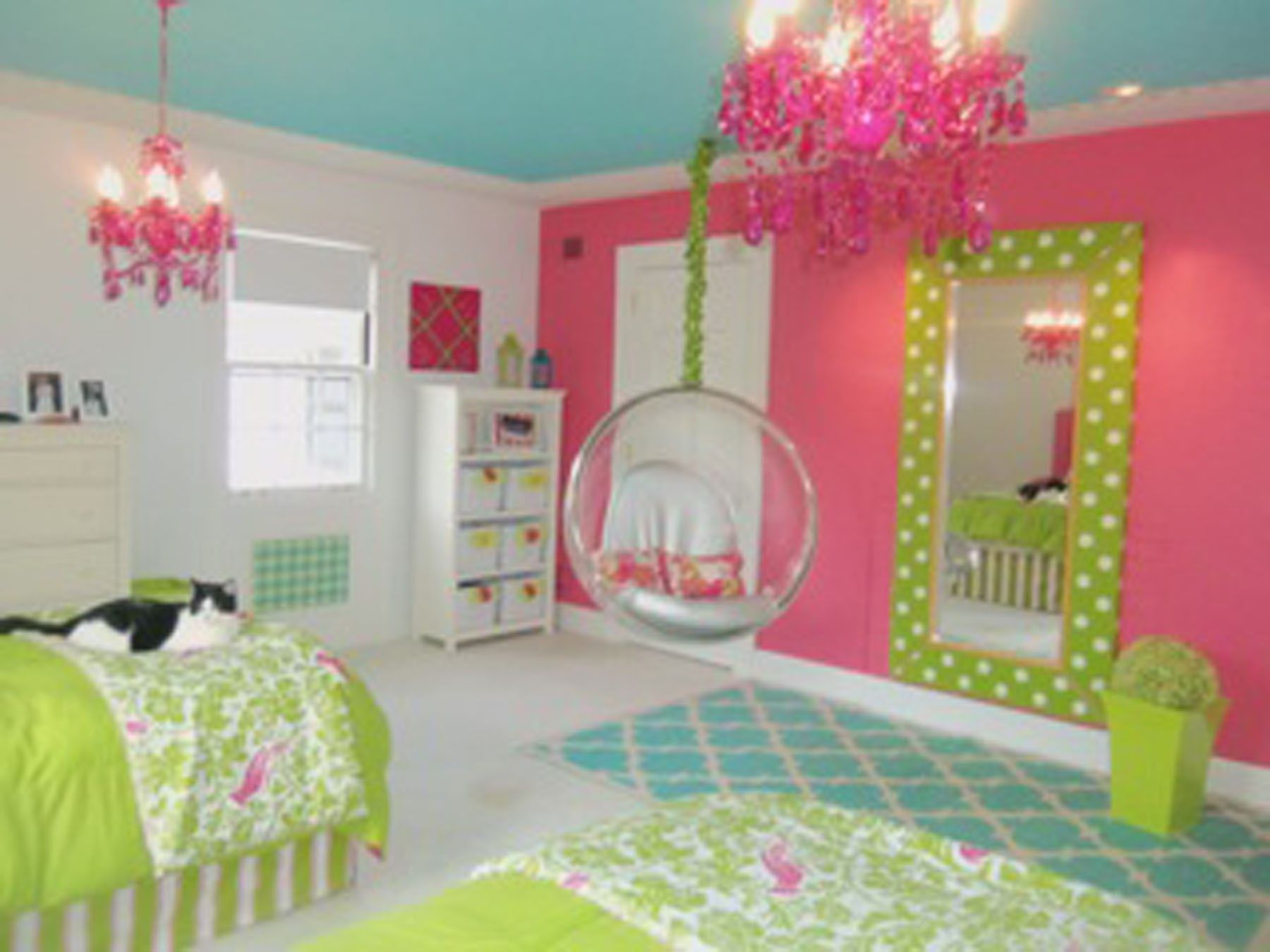 Chic Tween Bedroom Ideas For Teenage Girl With White