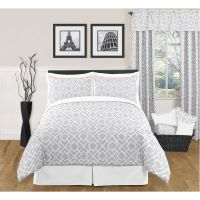 Cute Grey Comforter for the daybed in the room...JoJo