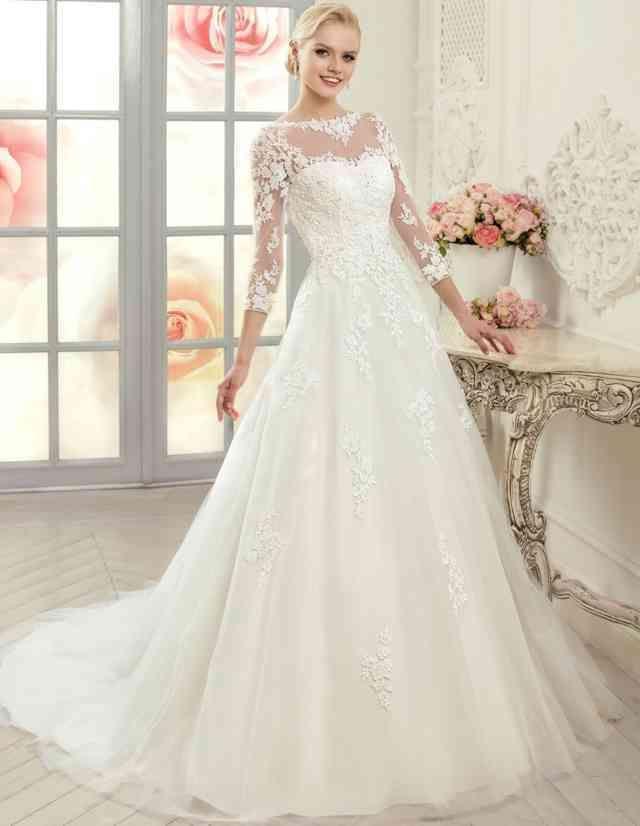 Einfache Tüll Prinzessin Kleid Mit Spitzenapplikationen Brautkleid