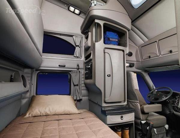 W900 Sleeper Kenworth Interior Studio