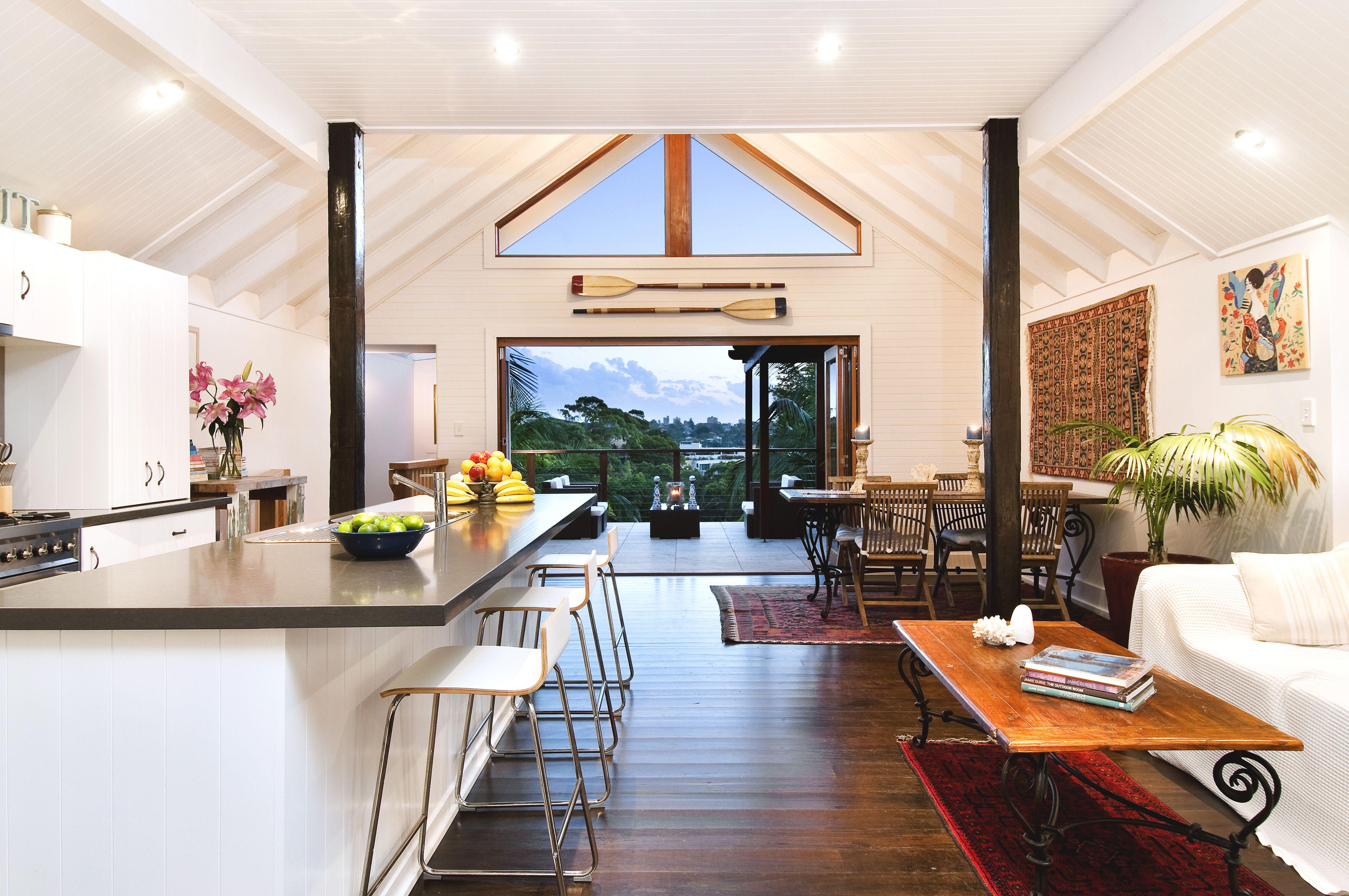 Contemporary Australian House Interior Design In White Probably