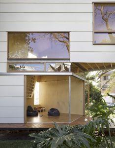 Gallery of taringa treehouse phorm architecture design also rh pinterest