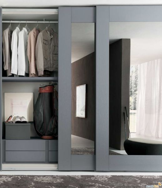 sliding bedroom closet door mirror Sliding Mirror Closet Doors With Gray Hair | Mirrored