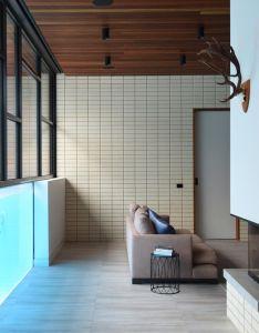 Living room ivanhoe home by kavellaris urban design est also rh pinterest