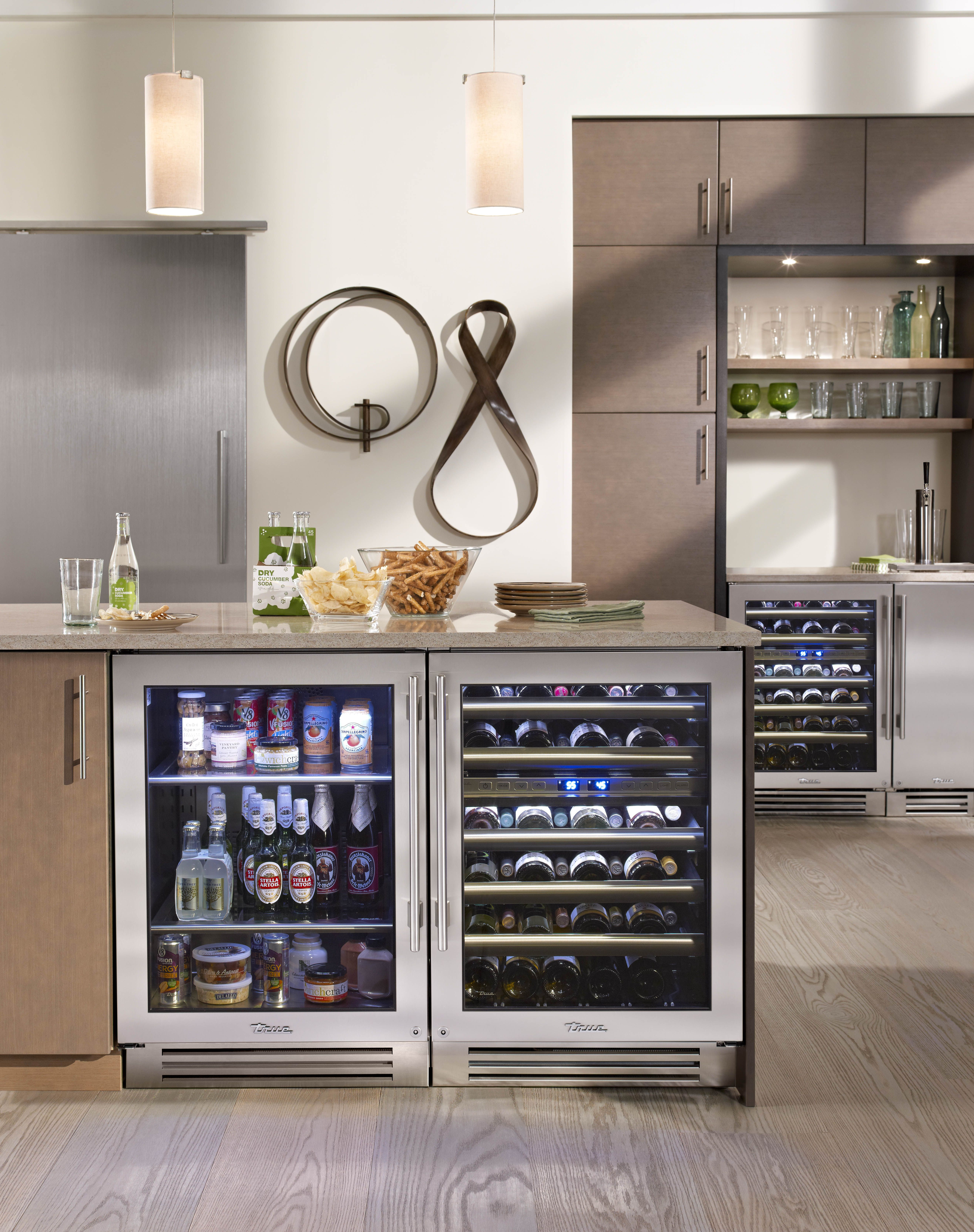 Lake Tahoe kitchen with True Residential 24 Beverage Center Dual Zone Wine Cabinet and 15