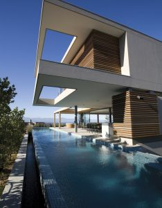 modern pools stefan antoni olmesdahl truen architects also known as saota designed this six bedroom beach house home in south africa  the plett rh pinterest