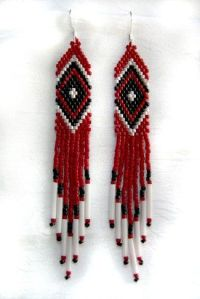 Red, Black and White Native American Beaded Earrings ...