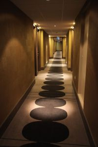 hotel corridors - Google Search | Corridors | Pinterest