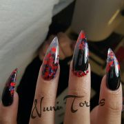 black stiletto nails with red