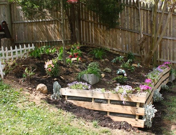 Pallet Retaining Wall Yard & Garden Pinterest Gardens