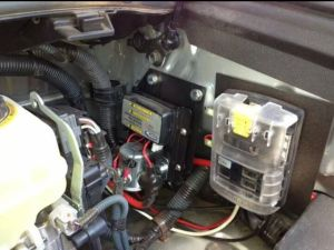 Dual battery system with blue sea auxiliary fuse block