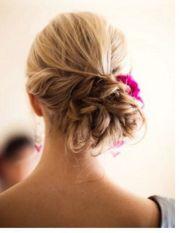 bridesmaid-hairstyles-shoulder-dress