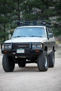 Toyota Land Cruiser fj60 fj62 bumpers and roof rack ...