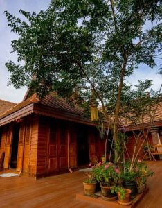 Northern thai house design also pinterest rh
