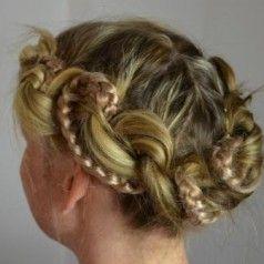 Wunderschöne Wiesn Frisur Für Langes Haar Frisuren Pinterest