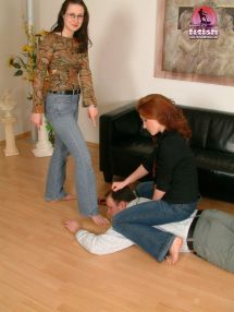 Bare Barefoot Bootcut Feet Female Flared Jeans Girl