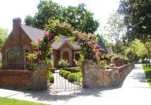 English Cottage Style Homes