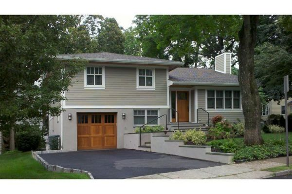 bi level home landscape design