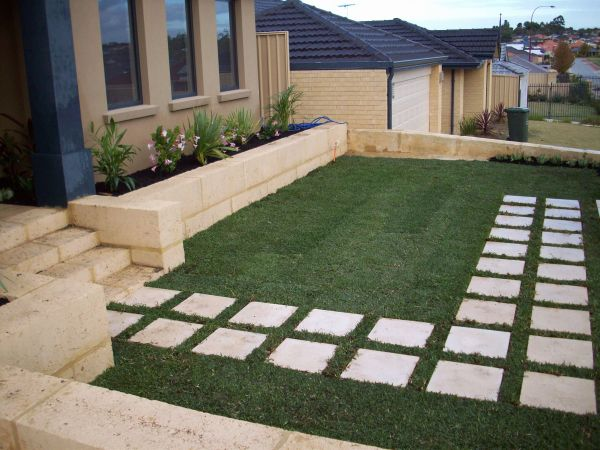 Landscaping Ideas with Stepping Stones