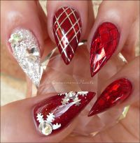 Christmas Nails... Red & Silver Christmas Nails. Acrylic ...