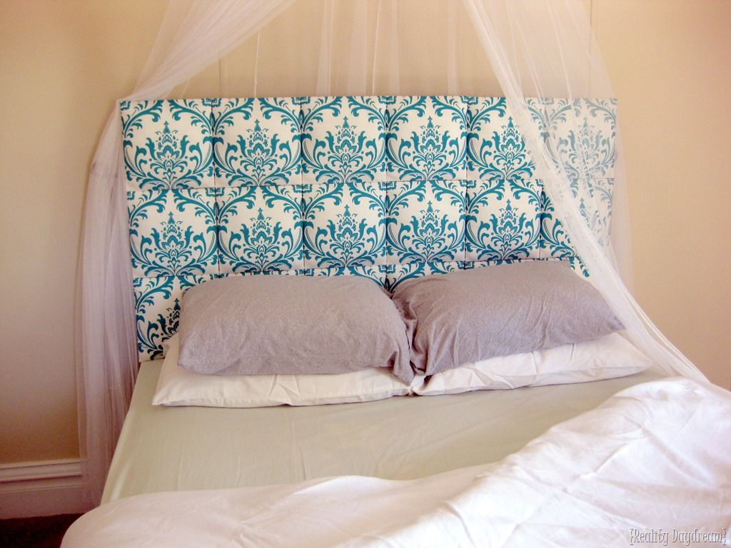 Tired of your Headboard? Creative Alternatives for your Bedroom