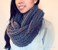 FREE easy beginner knitting pattern for a chunky knit grey ...