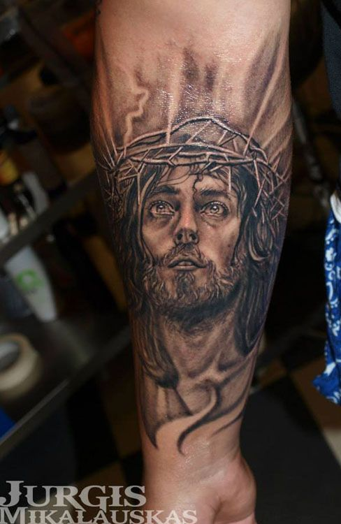 20 Tattoos De Angeles Y Cristos Ideas And Designs