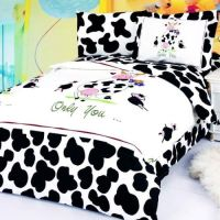 Le Vele Happy Cow Bedding by Le Vele Bedding, Comforters