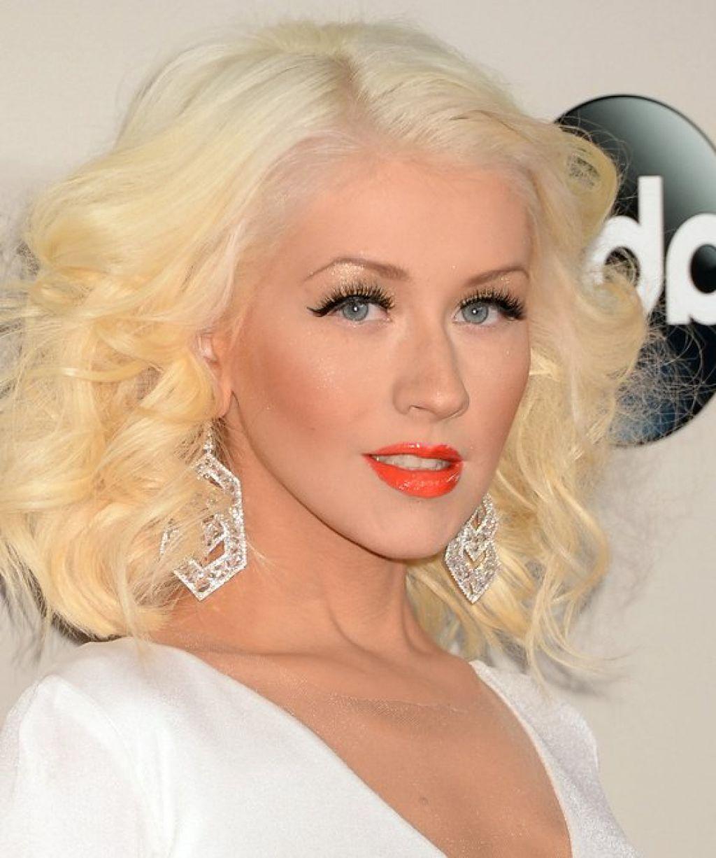 Christina Aguilera Frisuren Ideen Überprüfen Sie Mehr Unter