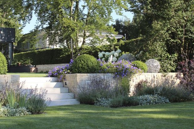 garten hanglage modern 2 pictures to pin on pinterest | ifmore