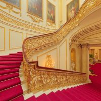 Buckingham Palace staircase | U K | Pinterest | Final days ...