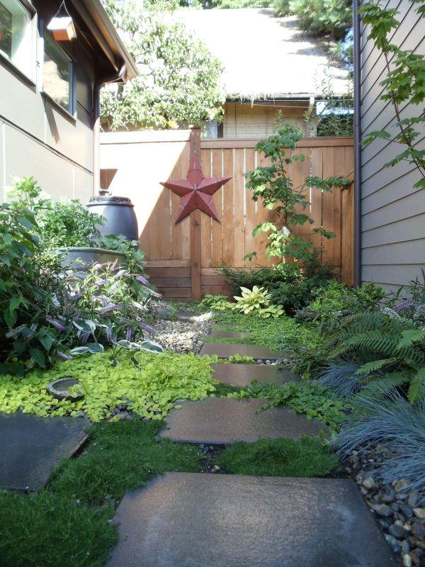 pavers walkway fencing side