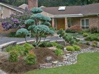 Front entrance landscape design and hardscape By Lee's ...