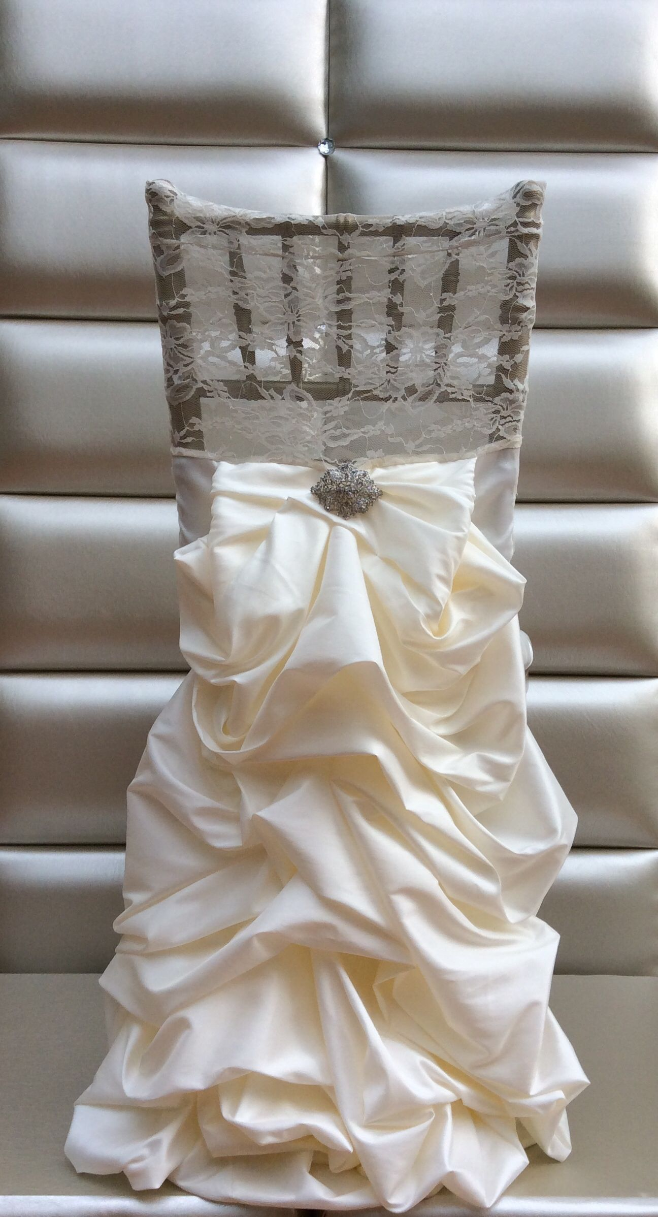 images of chair covers for wedding art deco club chairs leather chiavari cover pinterest