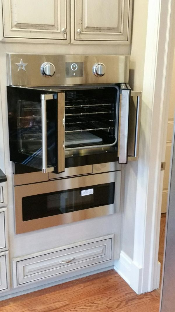 Kitchen with French Door Wall Oven